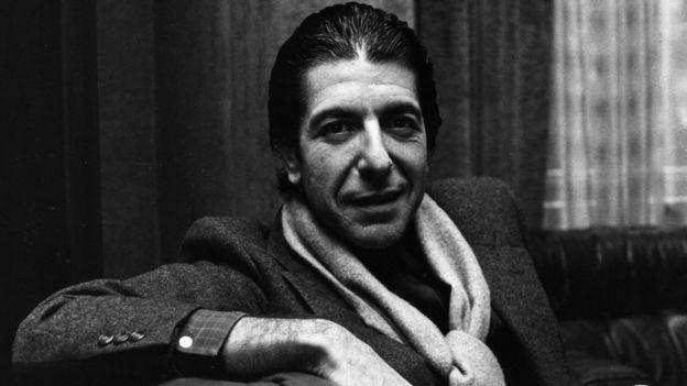 Cohen desarrolló una carrera literaria antes de dedicarse a la música.