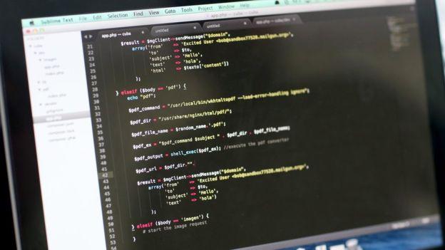 Hasta tercer año de la universidad, Mee nunca había visto cómo se escribía código.