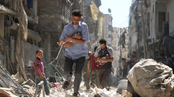 El conflicto en Siria ha dejado al menos 400.000 personas desde marzo de 2011 cuando iniciaron los enfrentamientos.