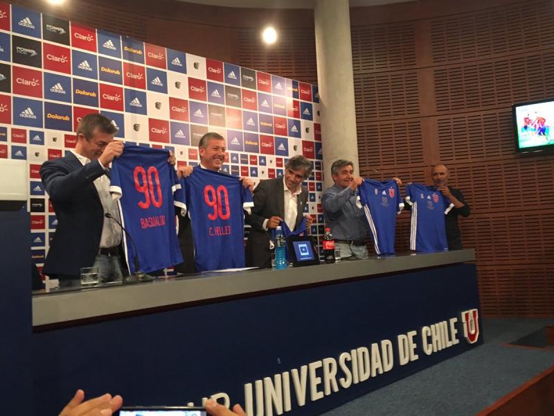"""La """"U"""" presenta camiseta conmemorativa por los 90 años del club ... 740663ef053b6"""