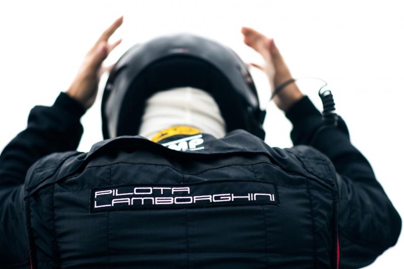 Lamborghini usa la escuela de conducción para vender autos y desarrollar un vínculo más cercano con sus clientes