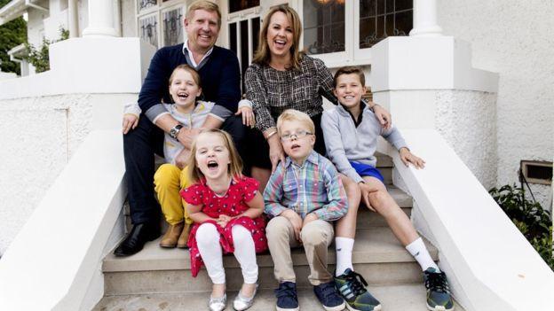 Creswell hace un balance entre liderar su negocio y criar a sus cuatro hijos.