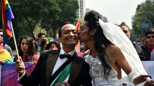 Un escándalo de hace 115 años provocó que los mexicanos asociaran el número 41 con los homosexuales.