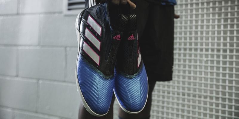 Identidad vencimiento Objetado  Los nuevos zapatos para sentirse como Pogba y Özil | Tele 13