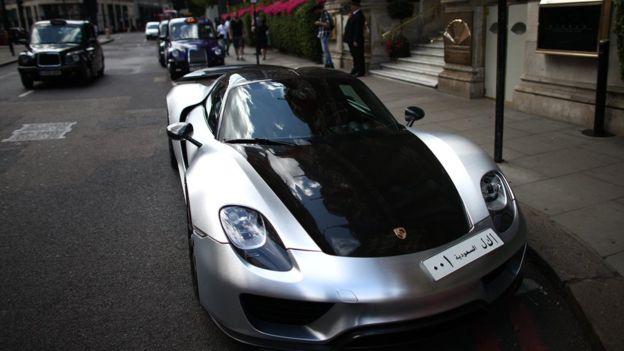 El nuevo deportivo de Bugatti cuesta tres veces más que un Porsche 918 Spyder, como el de esta imagen.