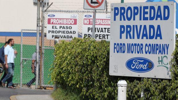 Trump quiere que las automotrices produzcan más en EE.UU. en lugar de en México.
