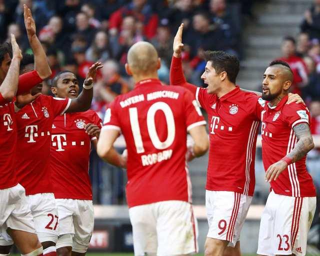 Bayern Múnich derrotó al Eintracht Frankfurt