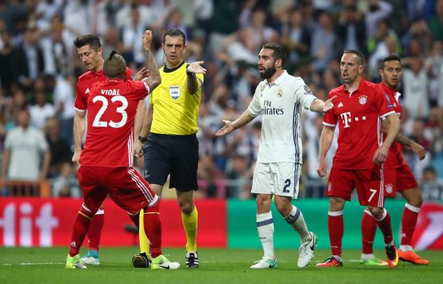 El Bayern presenta queja ante la UEFA por comportamiento de policía española