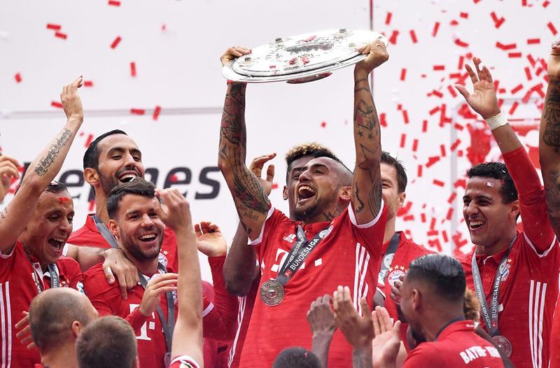 Arturo Vidal se corona bicampeón de la Bundesliga con el Bayern Munich