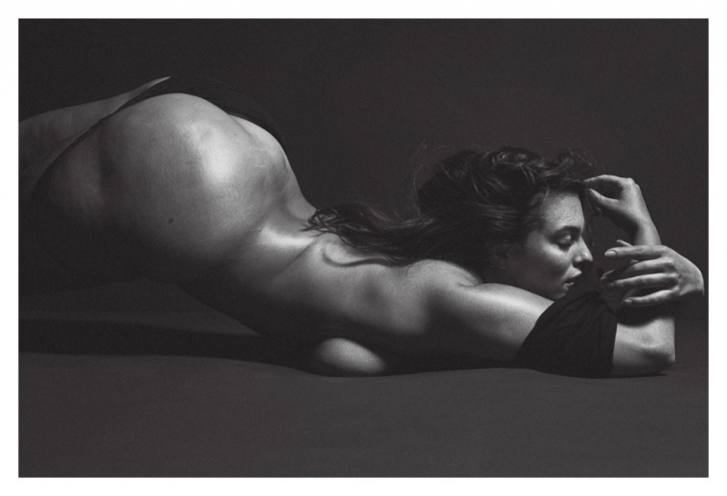 FOTOS: 'Mi celulitis no define mi valor'; Ashley Graham se desnuda