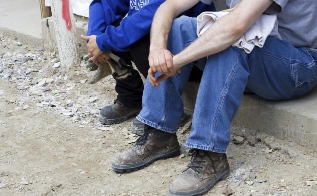 En números absolutos, se espera que la cifra de desempleados jóvenes (entre 15 y 24 años) en el mundo aumente en 500.000 personas este año.