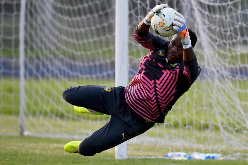VAR le pone incertidumbre al triunfo de Chile sobre Camerún
