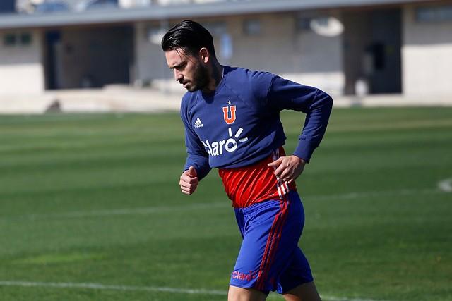 """En Genoa aseguran que por ahora """"no existe opción de que Pinilla regrese a Chile"""""""