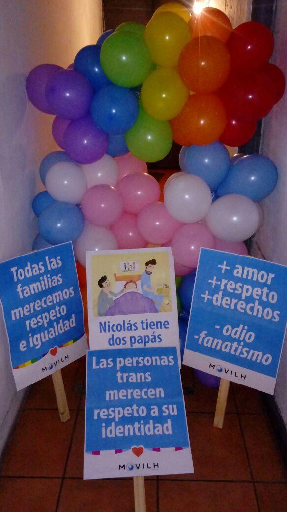 Pancartas que usará el Movilh mañana