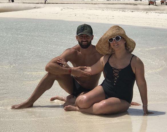Adamari López con su marido