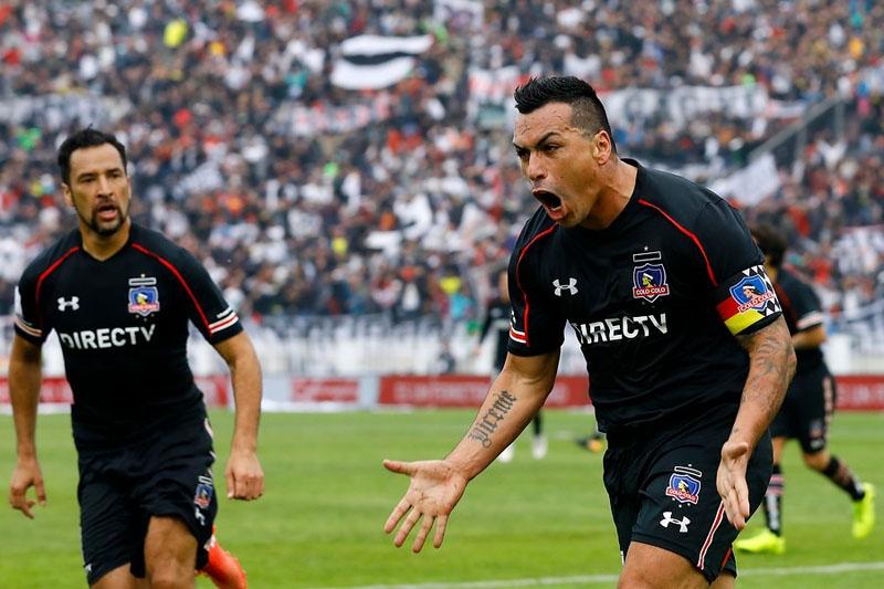 Colo Colo golea a Universidad Católica y se queda con la Supercopa 2017