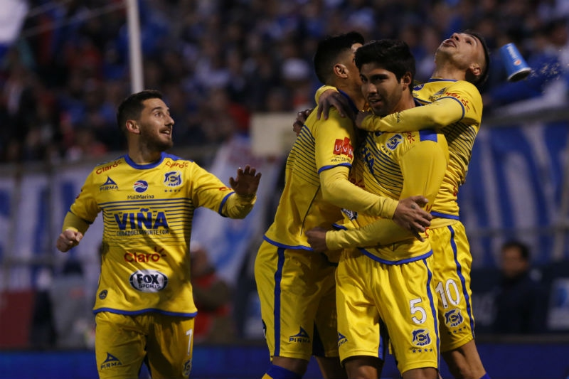 Universidad Católica sigue sin ganar y solo empata ante Everton