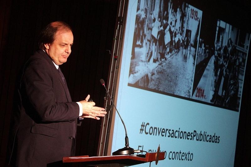 Eduardo Arriagada, decano de la Facultad de Comunicaciones UC.
