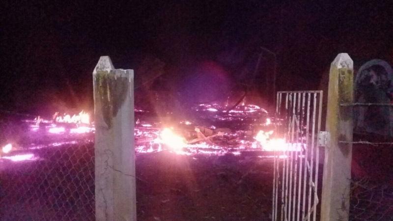 Se registran tres ataques incendiarios a iglesias en La Araucanía