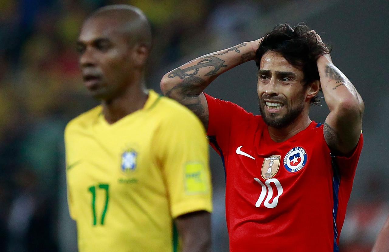 Guede explica condición de Valdivia tras decepción con la Roja — Colo Colo