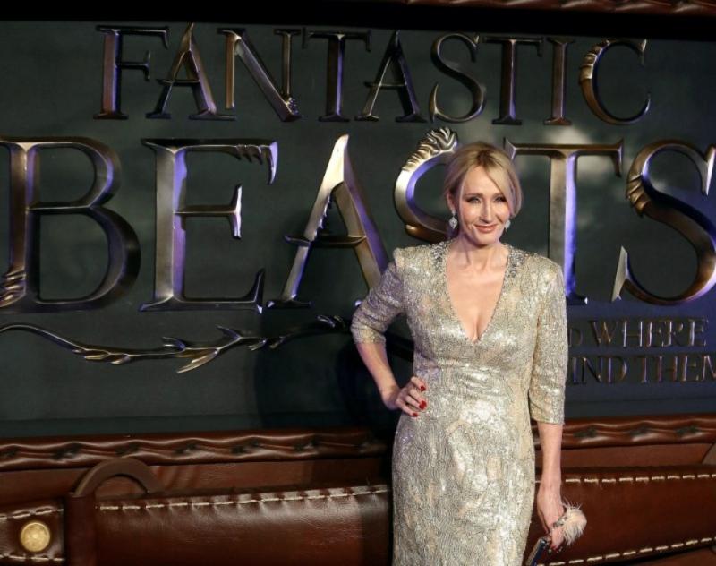 Rowling defiende a Depp