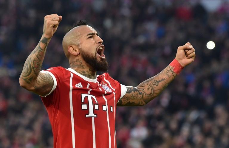 Arturo Vidal celebra su presencia en el equipo ideal en Alemania | Tele 13