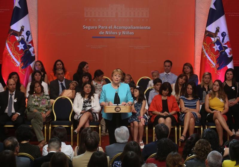 Presidenta Michelle Bachelet promulga la Ley Sanna