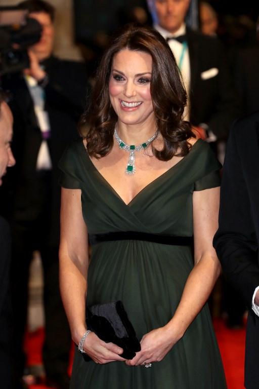 90c708ae9 Por qué critican el vestuario de Kate Middleton