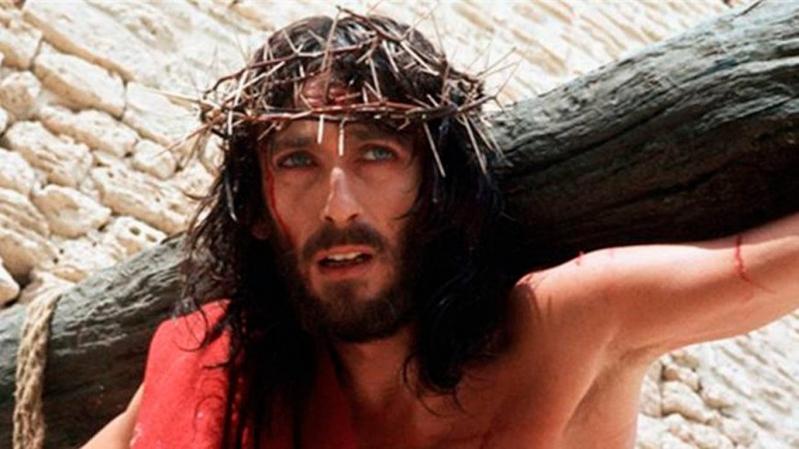 Así lucen hoy los protagonistas de la película Jesús de Nazareth