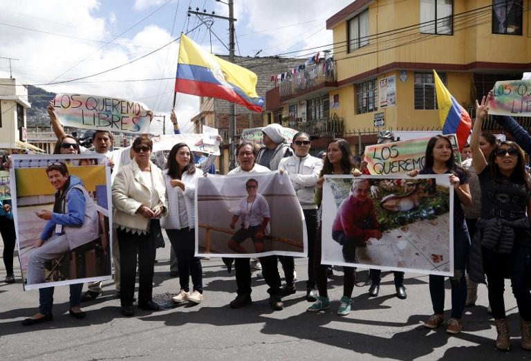 Ecuador sostiene que periodistas fueron asesinados en Colombia