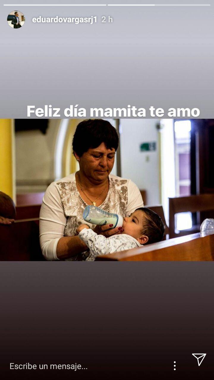 [FOTO] El romántico mensaje de Eduardo Vargas a su pareja por el Día de la Madre