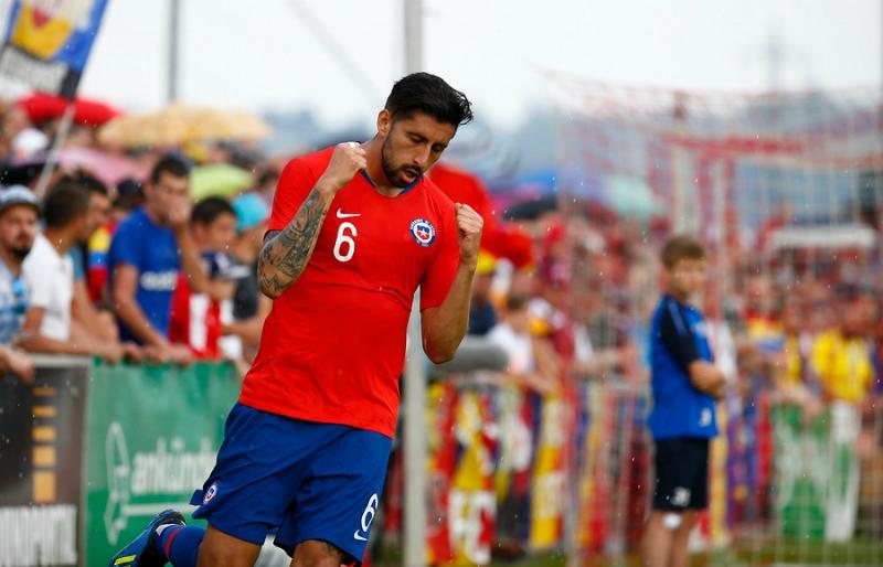 La Roja cae luchando y con un hombre menos ante Rumania en amistoso disputado en Austria