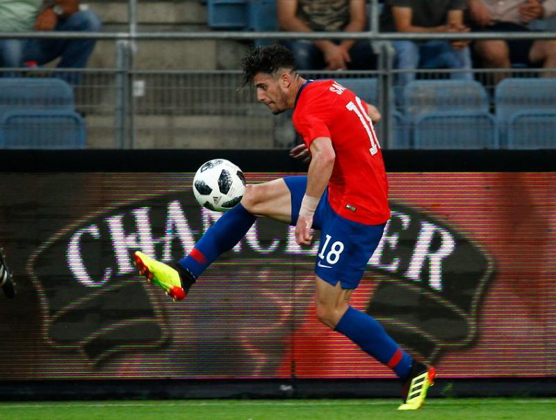 Chile logra agónica victoria sobre Serbia en segundo amistoso de la gira europea