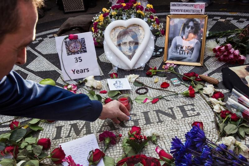 Memorial de John Lennon ubicado en el Central Park de Nueva York en Estados Unidos     AFP