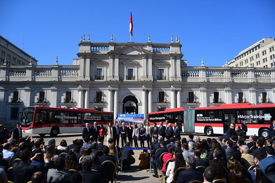 [FOTOS] Así son los nuevos buses eléctricos del Transantiago