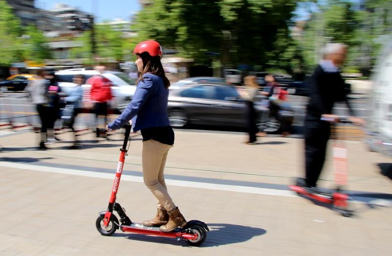 Hilo del transporte público - Página 2 1539882580-scooters-3