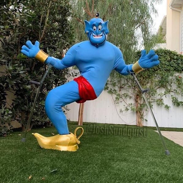 [FOTOS] Deportista paralímpico se luce con increíbles disfraces para Halloween