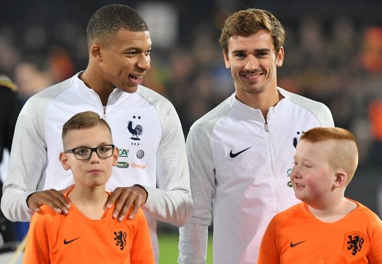 Una pareja francesa pone a su hijo el nombre de 'Griezmann Mbappé'