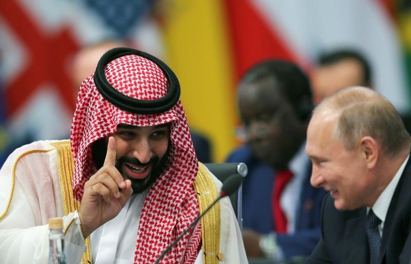 El efusivo saludo de Putin y el príncipe heredero Saudí en el G20     Reuters