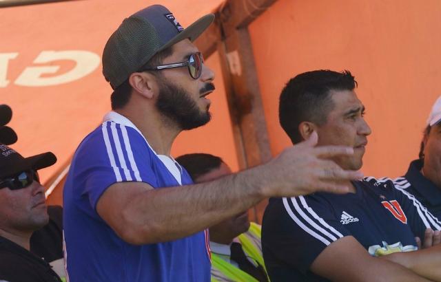 [VIDEO] En Azul Azul aseguran que Johnny Herrera seguirá en la U en 2019