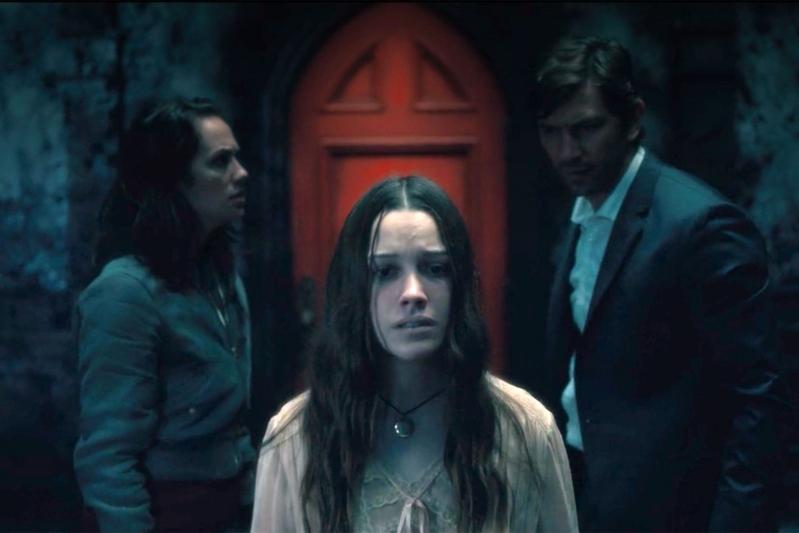 Actriz de La maldición Hill House ficha en temporada 2 de You