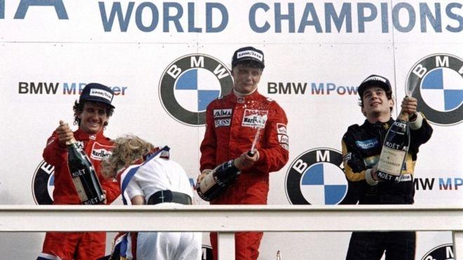 Niki Lauda llegó a competir contra Ayrton Senna.