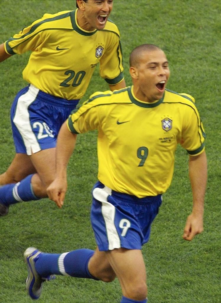 Elías Figueroa y Arturo Vidal elegidos en el once ideal de la historia de la Copa América