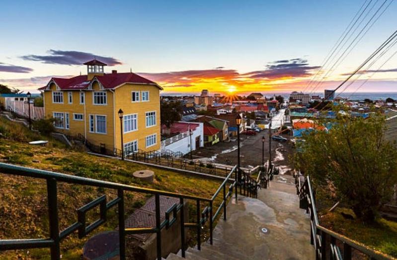 El amanecer en Punta Arenas.