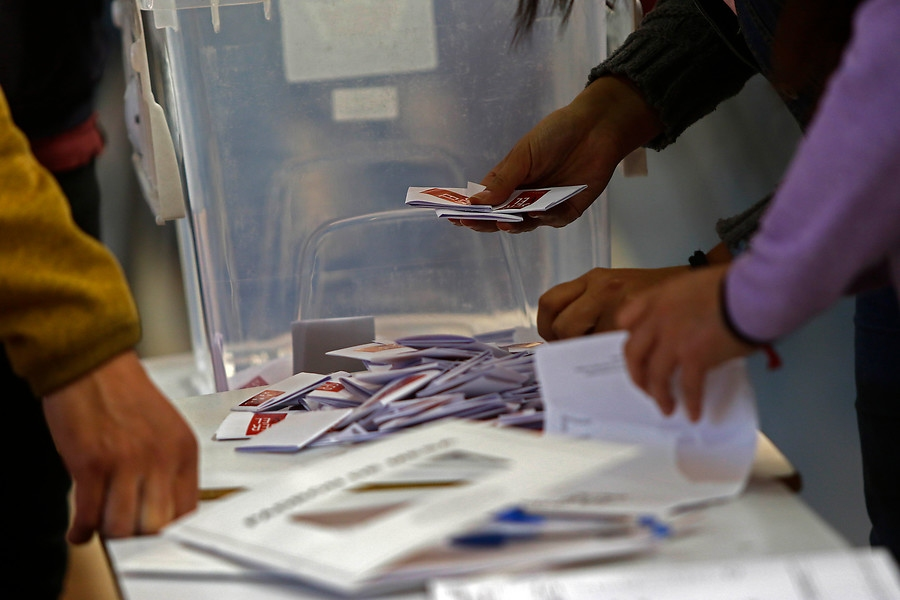 """Gobierno cree que """"no es el momento adecuado"""" para reestablecer el voto obligatorio"""