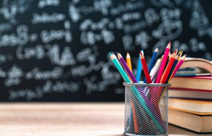 Educación sexual, cambio climático y mapudungún: U. de Chile abre nuevos cursos gratuitos