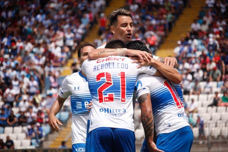 La UC celebrando un gol en el partido ante Antofagasta