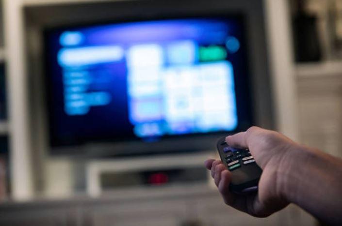 VTR anuncia beneficio para mujeres jefas de hogar