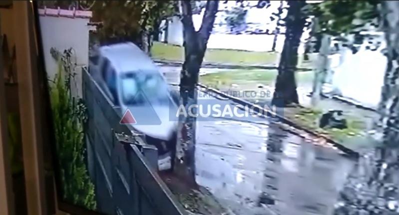 Un hombre atropella y mata a dos delincuentes que lo asaltaron en Argentina