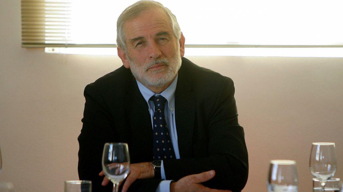 Carlos Montes: falta de firmas para refichaje puede afectar candidatura de Lagos